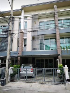 เช่าทาวน์เฮ้าส์/ทาวน์โฮมอ่อนนุช อุดมสุข : Town Avenue Srinakarindra