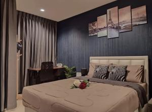For RentCondoRama9, RCA, Petchaburi : For rent, new room, special price, Life Asoke - Rama 9 Condo, 21st floor, very beautiful room, well built-in furniture, complete electrical appliances Can go in