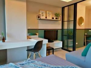 ขายคอนโดเชียงใหม่-เชียงราย : ขายคอนโด Escent ville ห้องตกแต่งสวยงามพร้อมเข้าอยู่ติดห้างเซ็นทรัลเฟสติวัลเชียงใหม่