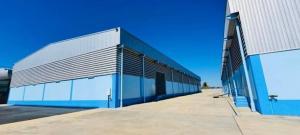 For RentWarehousePattaya, Bangsaen, Chonburi : Warehouse for rent at Wellgrow Industrial Estate, convenient transportation