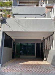 For RentHome OfficeRama3 (Riverside),Satupadit : RT505 Home Office for rent, 4 floors, 19 sq.wa., 240 sq m, Soi Narathiwas 4, near BTS Chong Nonsi