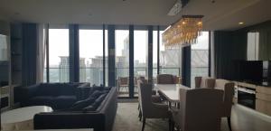 For RentCondoWitthayu,Ploenchit  ,Langsuan : Condo for rent, Noble Ploenchit, 3 bedrooms Duplex near BTS Ploenchit