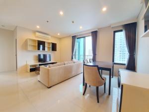 เช่าคอนโดพระราม 9 เพชรบุรีตัดใหม่ : ให้เช่าคอนโดโครงการ Villa Asoke, 2ห้องนอน ใกล้ MRT เพชรบุรี