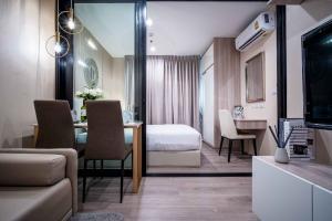 For RentCondoBang kae, Phetkasem : Condo for rent The Base Phetkasem near MRT Phetkasem 48
