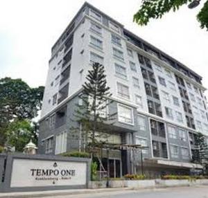 For RentCondoRamkhamhaeng, Hua Mak : Tempo One, Ramkhamhaeng, Rama 9, ready to move in, 30 sqm, 8000 baht, Line ID: @m9898 (with @ too)