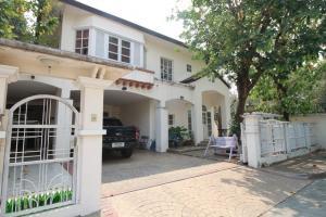 For SaleHouseKaset Nawamin,Ladplakao : House for sale, Kaset Nawamin, Prasert Manukit, Sena, Mailarp, corner.