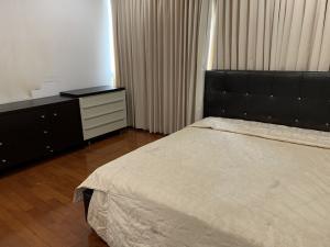 เช่าคอนโดสุขุมวิท อโศก ทองหล่อ : คอนโดให้เช่า บ้าน สิริ ทเวนตี้ โฟร์  สุขุมวิท 24  คลองตัน คลองเตย 2 ห้องนอน พร้อมอยู่ ราคาถูก