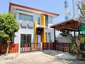 ขายบ้านมีนบุรี-ร่มเกล้า : บ้านเเฝดสไตล์บ้านเดี่ยว พร้อมพัฒน์ กรีนโนวา