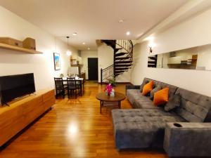 เช่าคอนโดเชียงใหม่ : Rent duplex room at Karnkanok 3 Condo Jed Yod Greenery Hill # PN-00003766