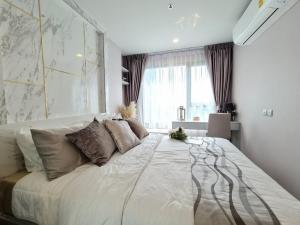 For RentCondoLadprao, Central Ladprao : 🌟 For rent, Life Ladprao, new room, marble pattern, very beautiful.