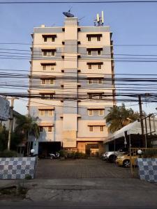 ขายขายเซ้งกิจการ (โรงแรม หอพัก อพาร์ตเมนต์)นวมินทร์ รามอินทรา : ขาย อพาร์ทเม้นท์ 8 ชั้น ซอยรามอินทรา 39  ใกล้ทางด่วน