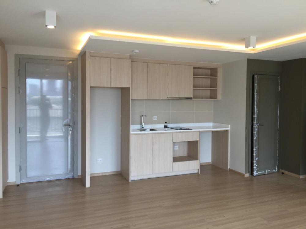 For SaleCondoRatchathewi,Phayathai : ++ Urgent sale ++ Maestro 12 ** 2 bedrooms 67.5 sq m, fully furnished.