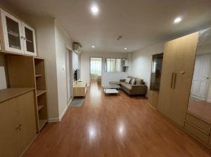 For RentCondoSapankwai,Jatujak : For rent Lumpini Ville Phahol-Suthisan 45.21 sq m. Renovate new 088 8983388.