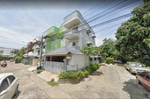 For RentHome OfficeYothinpattana,CDC : Rent 3-storey home office, 4-5 parking spaces, Pradit Manutham-Ladprao area Near town in town