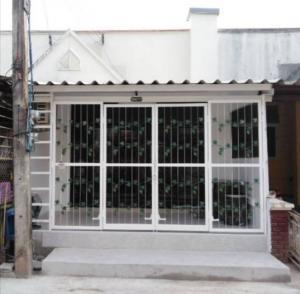 ขายทาวน์เฮ้าส์/ทาวน์โฮมเชียงใหม่ : ขาย เจ้าของขายเอง!!! หมู่บ้านเชียงใหม่แกรนด์วิวล์ ซอย 2 จังหวัดเชียงใหม่ บ้านเลขที่ 300/77