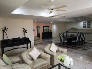 For RentCondoSukhumvit, Asoke, Thonglor : R1316--For Rent Kiarti Mansion 2 beds