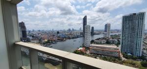ขายคอนโดวงเวียนใหญ่ เจริญนคร : Sell the River Condominium Chao Phraya View – High Floor
