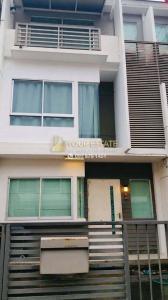 เช่าบ้านพัฒนาการ ศรีนครินทร์ : บ้านให้เช่าพร้อมเฟอร์ Baan Mai พระราม 9-ศรีนครินทร์ - 3 ชั้น 3 ห้องนอน ขนาด 132 ตรม.