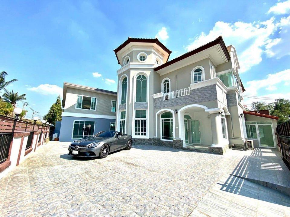 For RentHouseChengwatana, Muangthong : 2 storey detached house for rent, area 120 sq m, Pak Kret area, Saranon-Pak Kret village, Tiwanon.