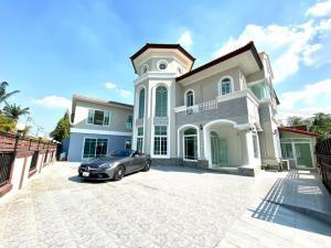 For RentHouseChengwatana, Muangthong : 2-storey house for rent, area 120 sq m, 400 sq m, 10 bedrooms, 6 bathrooms, Tiwanon-Pak Kret Road. Near Central Chaengwattana, rental price 55,000 baht / month
