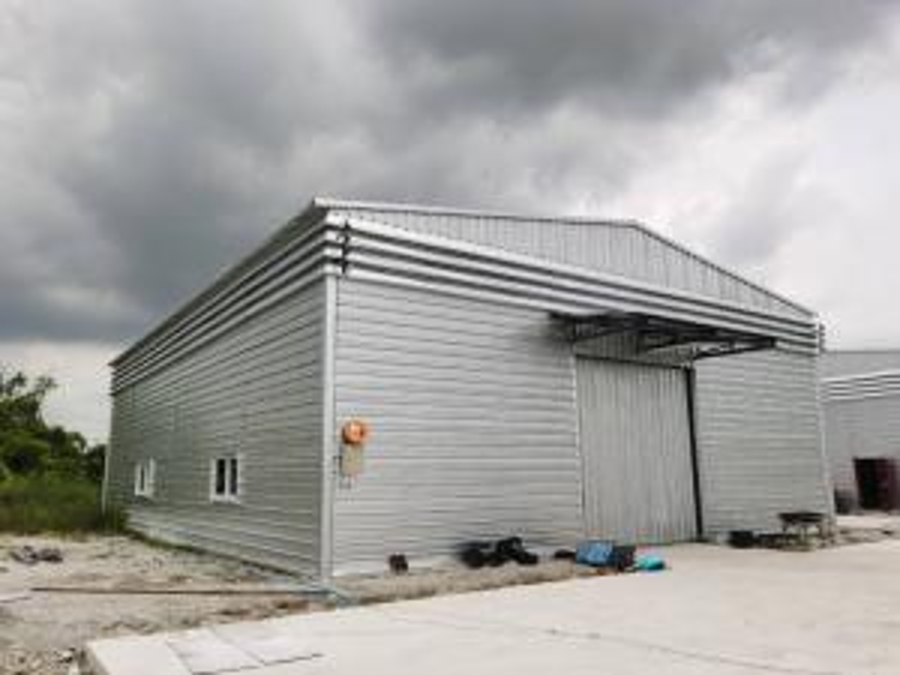 For RentWarehousePattaya, Bangsaen, Chonburi : Warehouse for rent cheap. Near Amata Nakorn Phan Thong Industrial Estate