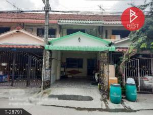 For SaleTownhouseSamrong, Samut Prakan : Urgent sale, 2-storey townhouse, Phra Pin 8 village, Praksa, Samut Prakan