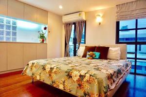 For RentCondoSilom, Saladaeng, Bangrak : Condo for rent Silom Terrace Soi Saladaeng 2, 7th floor, 2 bedrooms