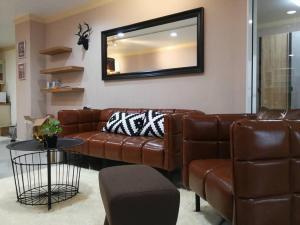 เช่าคอนโดสุขุมวิท อโศก ทองหล่อ : WaterFord Diamond sukhumvit30/1 BTS Phromphong 2 bedroom 2 bathroom 87 sqm for rent high floor river and curry view