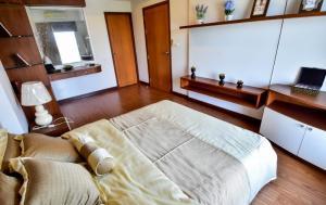 เช่าคอนโดขอนแก่น : ให้เช่าคอนโดขนาด 1 ห้องนอน ริมบึงแก่นนคร