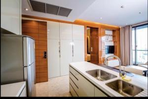 เช่าคอนโดสุขุมวิท อโศก ทองหล่อ : The address sukhumvit28 condo for rent 1 bedroom 52 sqm walking distance to BTS Phromphong