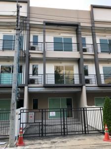 For RentTownhouseOnnut, Udomsuk : House for rent in Klang Muang Sukhumvit 77