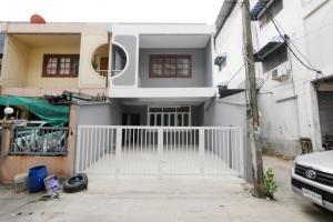 For SaleTownhouseRamkhamhaeng,Min Buri, Romklao : Townhouse for sale, Soi Ramkhamhaeng 152, Sukhaphiban 3.