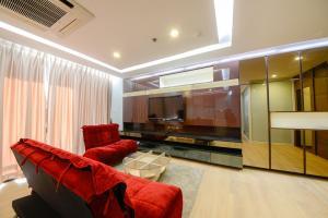 เช่าคอนโดคลองเตย กล้วยน้ำไท : +++ For Rent: Spacious 2 Beds at Lumpini Park View Closed to MRT Lumpini