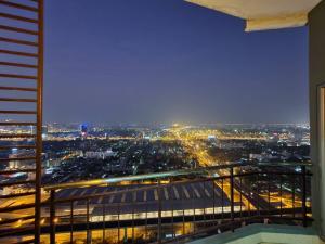 For SaleCondoRama9, RCA, Petchaburi : Urgent sell 2 Bed Penthouse new unit