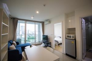 For RentCondoRama9, RCA, Petchaburi : Condo for rent TC Green Rama 9 AOL-F72-2102003405
