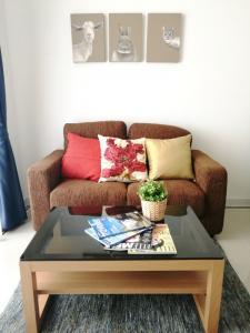 For RentCondoRama9, RCA, Petchaburi : Condo for rent T.C. Green 14th floor AOL-F72-2102003407