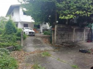 ขายบ้านรัชดา ห้วยขวาง : ขายบ้านพร้อมที่ดิน เขตห้วยขวาง ซอยประชาราฏษร์บำเพ็ญ15