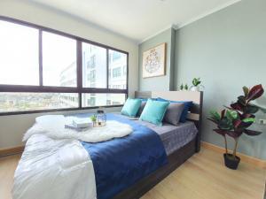 For SaleCondoOnnut, Udomsuk : For sale Lumpini Ville Sukhumvit 77 Condominium Studio room 31 sq m. 15th floor near BTS On Nut