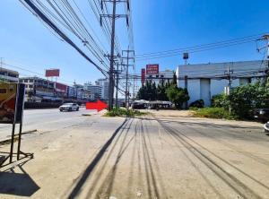 For SaleLandRangsit, Patumtani : Land for sale on the main road, 2 plots !! Opposite rectangle On Rangsit-Pathumthani Road