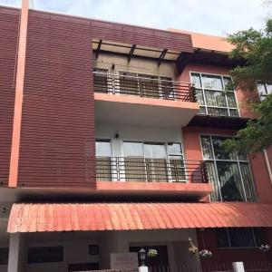 For RentTownhouseLadprao 48, Chokchai 4, Ladprao 71 : Rent Montree Townhome Soi Ladprao 87 Intersection 10