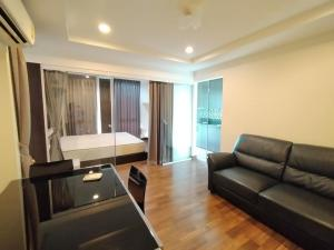 For RentCondoNawamin, Ramindra : Condo for rent Parc Exo Kaset-Nawamin Biggest room size 66 sq m. 2 bedrooms 2 bathrooms