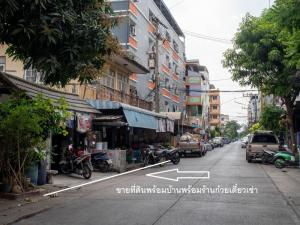 For SaleHouseRangsit, Patumtani : House for sale with land 80 sq m. With tenants to do restaurants Have an income of 35,000 baht per month, a special good return !!
