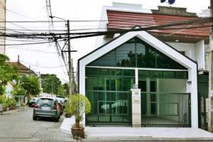 For RentTownhouseRamkhamhaeng,Min Buri, Romklao : For rent, Town Home, Renovate, Tarakorn Village, Soi Ramkhamhaeng 166, Minburi, 29 sq.w.