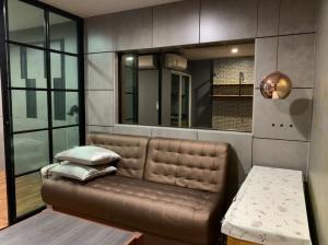 ขายคอนโดบางซื่อ วงศ์สว่าง เตาปูน : ขาย รีเจ้นท์  โฮมบางซ่อน 27 /Regent Home บางซ่อน 27  ติด MRT สถานีบางซ่อน (สายสีม่วง)การเดินทางสะดวก ห้องสวย บิ้วอินท์ครบ พร้อมอยู่
