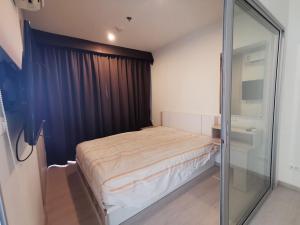 For RentCondoThaphra, Wutthakat : For rent Aspire Sathorn-Taksin near BTS Wutthakat price 9,000 baht.