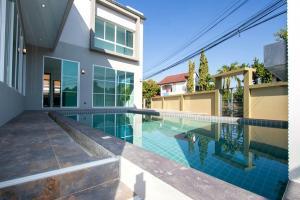 ขายบ้านเชียงใหม่-เชียงราย : ขายบ้านสระว่ายน้ำ 5 ห้องนอน ใกล้ถนนซุปเปอร์ไฮเวย์เชียงใหม่
