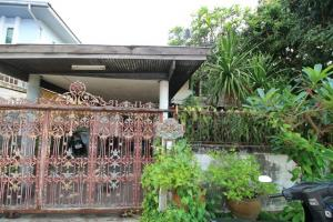 For SaleHouseYothinpattana,CDC : House for sale Nawamin 68, very cheap, 65 square meters, only 3.3 million baht, worth the value of land and location Ramindra.