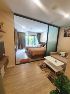 For RentCondoRangsit, Patumtani : Condo for rent, Kave town space next to Bangkok University, swimming pool view 2bed