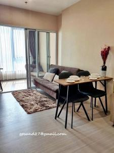 For RentCondoBang kae, Phetkasem : For Rent Parkland Phetkasem 56, Floor 17, Building B, MRT View