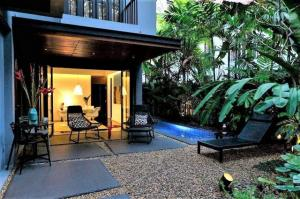 For SaleHouseRama9, RCA, Petchaburi : House for sale, size 124 sq.w., 2 floors, Soi Sukhumvit 26, suitable for opening residential offices near BTS Phrom Phong
